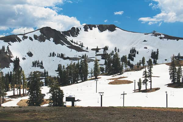 102016-sierrastories_2016_june_squaw_snowpack_plenty-of-snow-at-squaw-in-june-2016-courtesy-mark-mclaughin